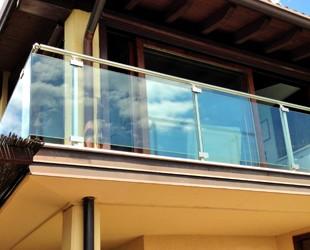 Parapetti esterni in vetro (foto)